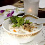 Hähnchen-Kokoscremesuppe / Tom Khaa Ghai Galgant