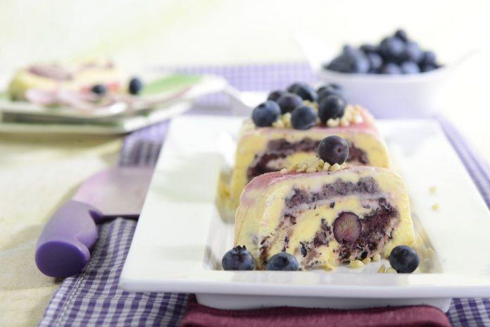 Blaubeer-Parfait - zuckerfreies Eis - Diabetiker geeignet