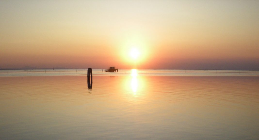 Lagune geniessen-reisen Urlaubskrimis