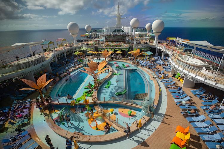 Kreuzfahrt Karibik Pool