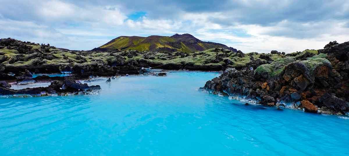 Von Eisbergen bis Lagunden: Faszinierende Reiseziele in Blau