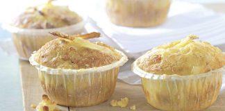 Spargelmuffins mit Parmesan