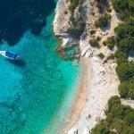beach-greece-(c)sailsquare