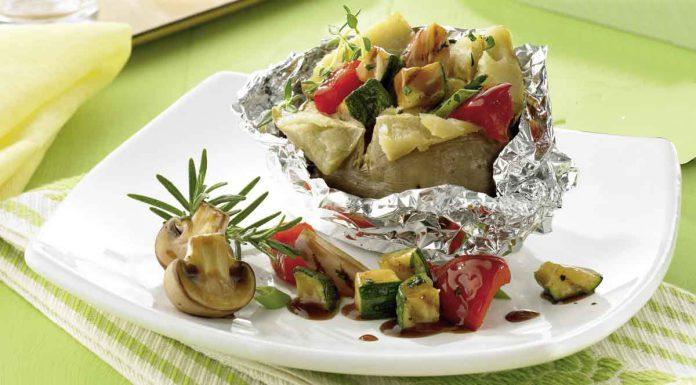 Grillgemüse in Folienkartoffel