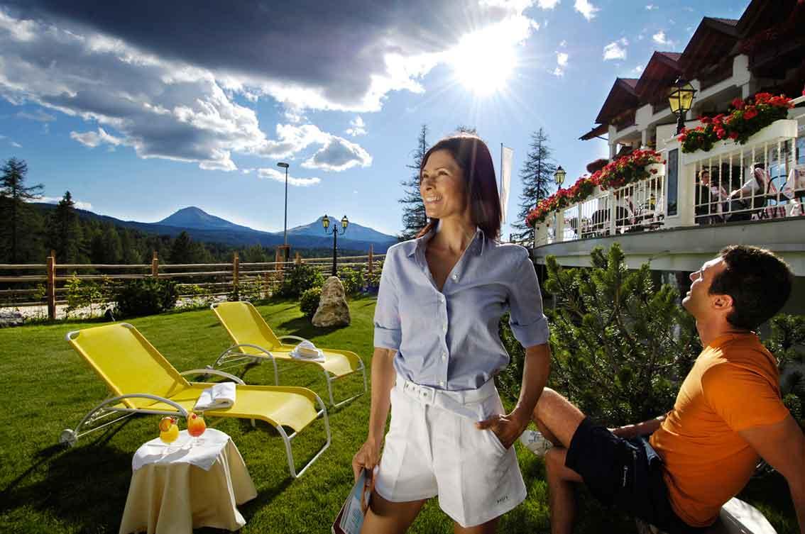 Dolomiten erleben im Südtiroler Gourmethotel Sonnalp in Obereggen