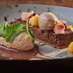 Schokotarte & Nougatmousse im Gourmetrestaurant Arte Vinum