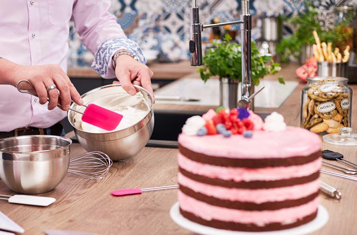 Mit Rösle Farbe bekennen und helfen: Pink Charity Edition