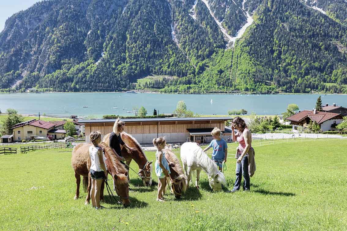 Action am Achensee: Kinderhotel und Familienresort Buchau