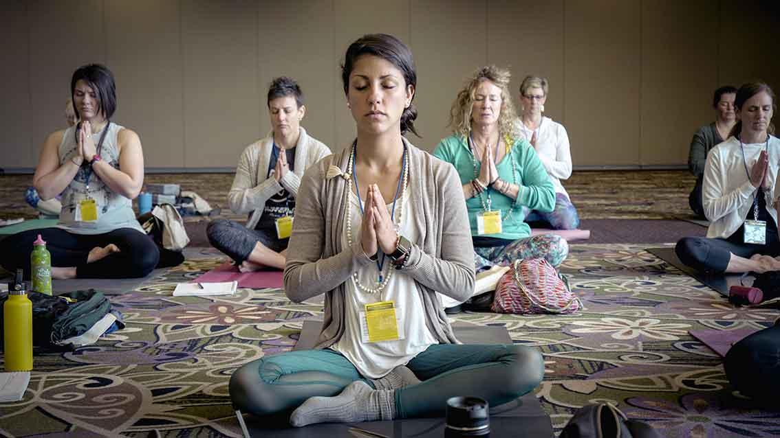 Vom Yoga im Hotel zu Yoga als Therapie