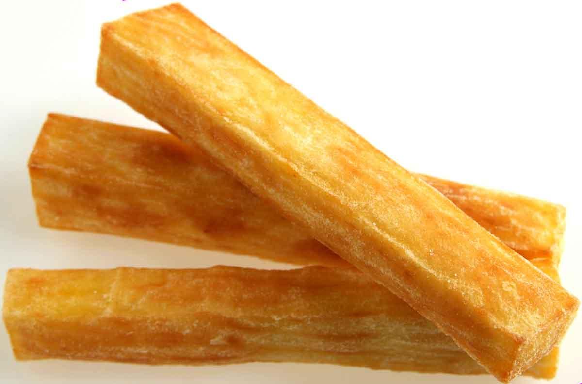 Snacks rund um die Welt: Bananenchips, Hühnerfüsse oder Tacos