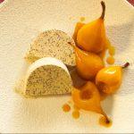 Johann Lafer: Mohneisparfait mit Honigbirnen