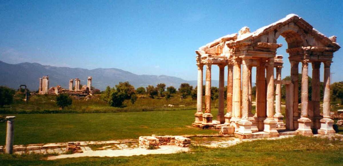 Ruinen: Blick in die Vergangenheit
