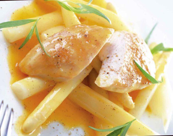 Gedämpfter Spargel mit Hühnchen und Orangen-Vanille-Butter