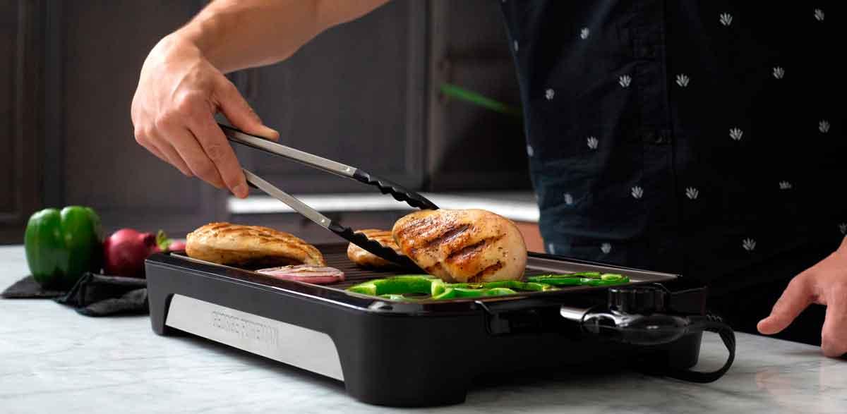 Ganzjahresgrillspaß mit dem Smokeless BBQ Grill zu gewinnen!