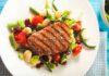 Bunter Bohnensalat mit gegrilltem Rinderfiletsteak